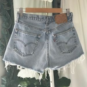 VTG Levi's High Waisted Mom Denim Shorts